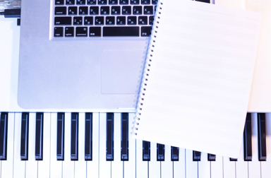 初級者ピアノ
